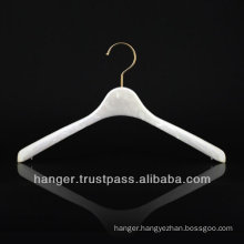 Japanese Pink Marbled Plastic Luxury Hanger for Bedroom Furniture