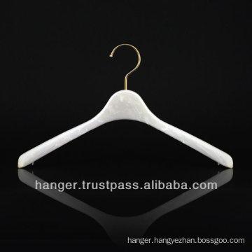 Japanese Pink Marbled Plastic Luxury Hanger for Bedroom Furniture