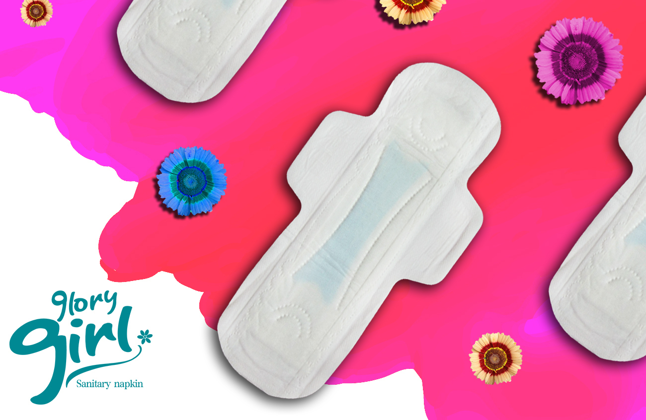 Disposable sanitary napkins with dry weave net