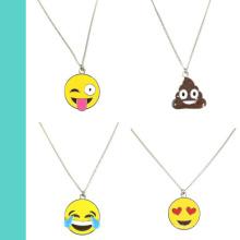 Commerce de gros OEM/ODM émail plaqué argent Emoji Face Charms