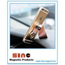 Автомобильный держатель для мобильного телефона с магнитной пряжкой
