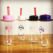 Botella de agua plástica linda del bebé