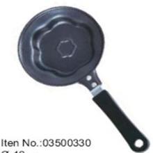 Flower shape egg pan