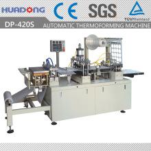 Автоматическая машина для термоформования пластиковых крышек Термоформовочная машина