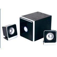 nouveau haut-parleur de l'ordinateur privé design 2.1