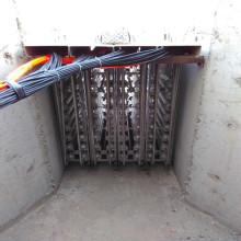 Système de stérilisation par purification d'eau ultraviolette à canaux ouverts pour piscine