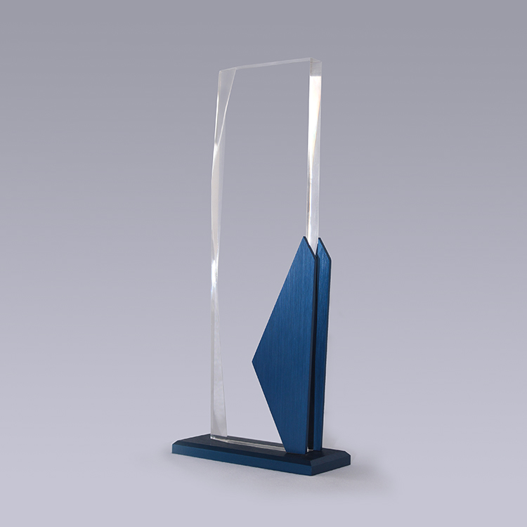 A 1t0117 Crystal And Glass Awards