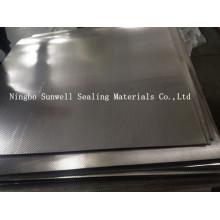 Feuille de graphite renforcée avec du métal à tonneaux