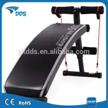 Сидят скамейки дома тренировки оборудования талии упражнение оборудование