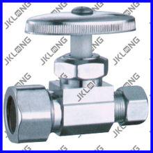 J7011 Válvula de retención angular de latón cromado