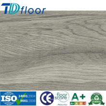 Nouveau plancher en vinyle composé en plastique en bois de WPC de couleur d'intérieur