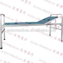 Cama médica plegable de aluminio con una manivela