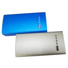 Banco de energia de carregamento rápido USB universal de metal