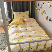 удобный комплект постельного белья