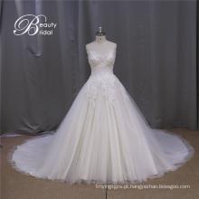 Notas de vestido de casamento de vestidos de baile de namorada
