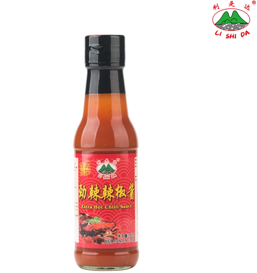 Natural chili sauce for home cooking