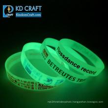 Wholesale no minimum bulk cheap custom logo printing luminous rubber bracelet silicone glow wristband