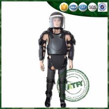 Novo uniforme militar de corpo de tipo