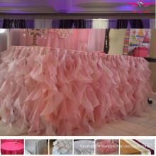 luxurious wedding table cloths