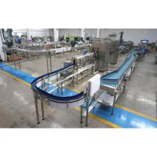 Transportador de garrafas para linha de produção de bebidas
