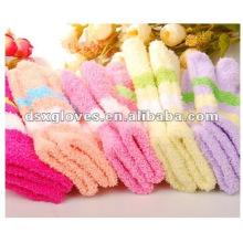 professional child sport gloves manufacturer