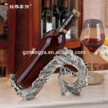High quality luxury kitchen dinner romantic decor red wine rack resin crafts