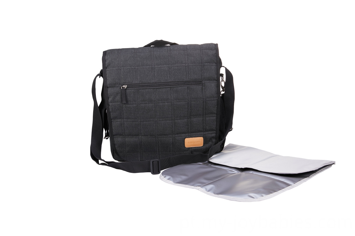 Changing Bag With Isolated Pocket