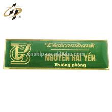Badge de nom de broche en métal époxy en métal personnalisé