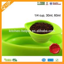 Hot Selling FDA Food Grade cocina resistente al calor cocina herramientas plegable Multifuctional silicona líquido medición de la Copa