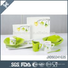 Porcelaine de qualité supérieure impression fraîche logo personnalisé vaisselle assiettes de restaurant