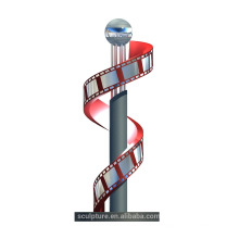 2015 kundengebundener Filmfilmmuster Skulptur Skulptur mit Brunnen und LED-Farbe Metall Kunst Handwerk