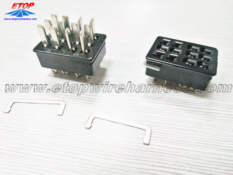 hopper power connector for gaming machine