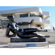 recurso de fundição de bronze e técnica de fundição escultura de mulher nua