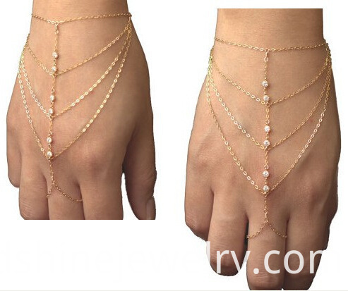 Chain Bracelet Connected Rings