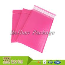 A cópia de cor cor-de-rosa brilhante feita sob encomenda autoadesiva do à prova de água 4X8 avança encarregados do envio da correspondência polis da bolha