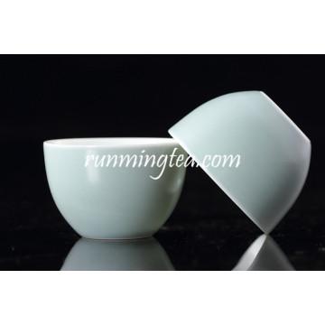 Taza de té china antigua de la porcelana