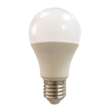 Светодиодная лампа 8W A60 с пластиковым покрытием