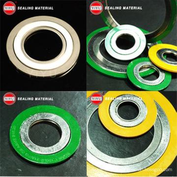 China Suministro de alta calidad Spiral herida Junta Ss304 Tipo básico con CS interno y anillos exteriores CS