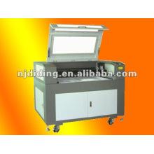 Máquina de corte por láser