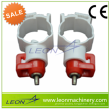 High quality poultry chicken drinking nipples poultry drinking system/equipment