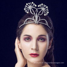 Tiaras and Crown Cheap 14 Bague en pierres précieuses en blanc King And Queen Crown