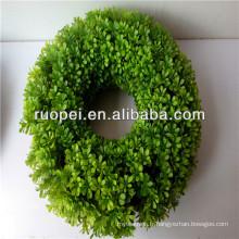 2016 accrochant les anneaux de guirlande d'herbe de mousse artificielle de bonne qualité / guirlande