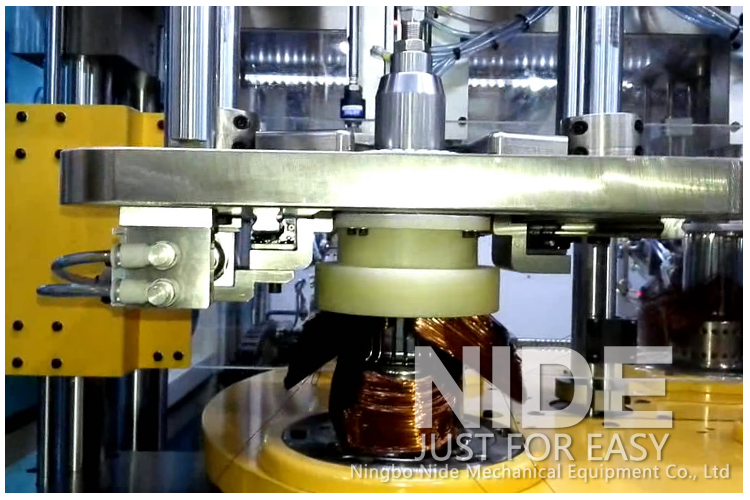 Automatic-stator-wire-winding-equipment-and-coil-insertion-machine-all-in-one-machine91