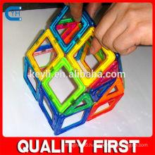 Plastic Magnet Toy Blocks