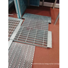 Hot Dipped Metal Floor Serrated Steel Grating for Construction