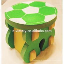 Crianças mesa e cadeira material de EVA com futebol definido