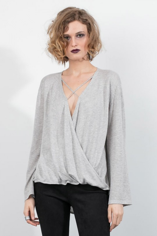Lengan Bell Criss Cross Deep V Neck Sweater