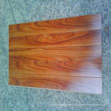 High Gloss Surface High Quality HDF Laminate Flooring