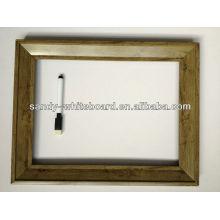 Dekoratives Whiteboard mit Uhrzubehör / Magnettafel mit Holzrahmen