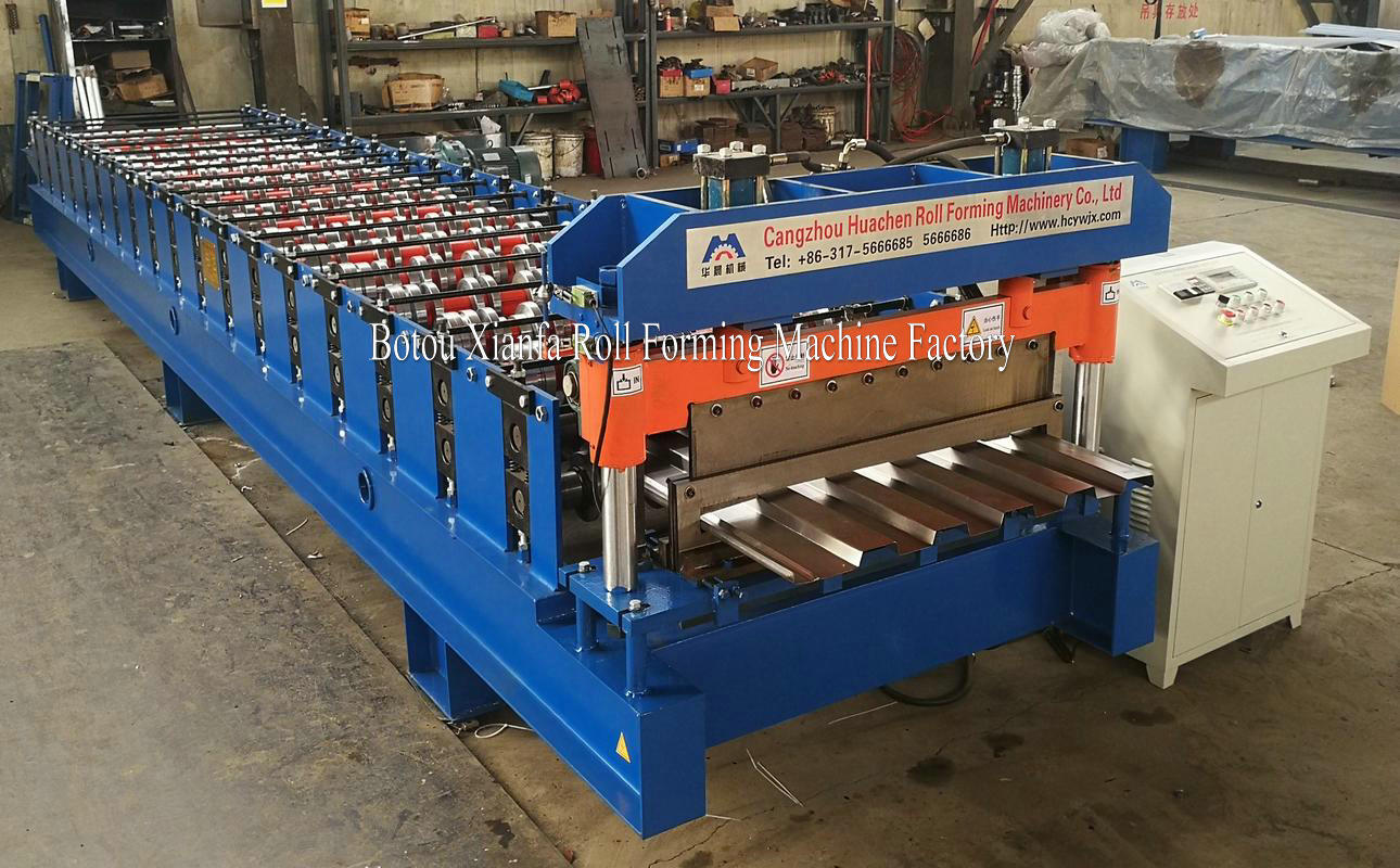 container panel machine